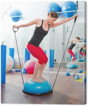 Leinwandbild Bosu Ball für Fitness-Instruktor Frau in Aerobic