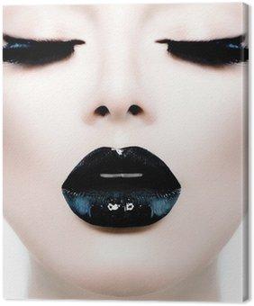 Leinwandbild Fashion Beauty Girl Model mit schwarzem Make-up und Lang Lushes
