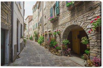 Leinwandbild Italienisch-Straße in einer kleinen Provinzstadt der toskanischen