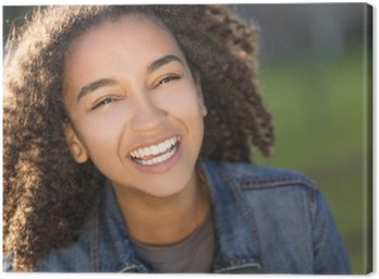 Leinwandbild Mischrennen-Afroamerikaner-Mädchen-Jugendlicher mit perfekten Zähnen