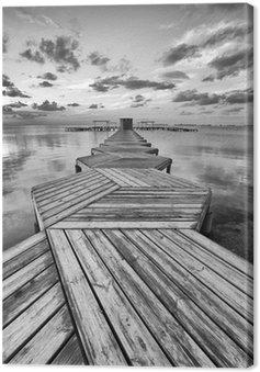 Leinwandbild Zig Zag Dock in schwarz und weiß