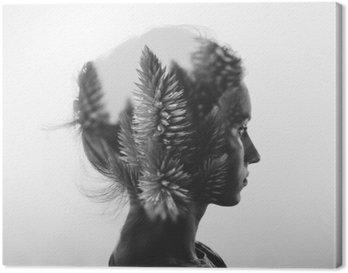 Lerretbilde Kreativ dobbel eksponering med portrett av ung jente og blomster, svart / hvitt