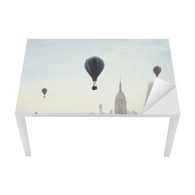 Mat- och Skrivbordsdekor Luftballong på himlen
