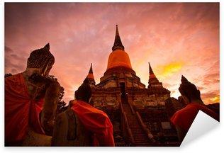 Naklejka Buddowie i pagoda w prowincji Ayutthaya w Tajlandii