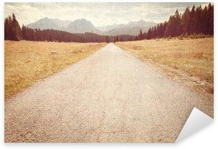 Naklejka Pixerstick Droga w kierunku gór - Vintage obraz