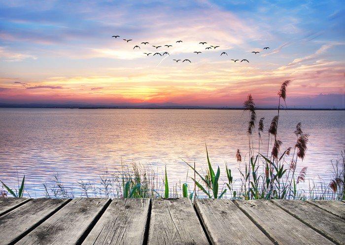 Naklejka Pixerstick Jezioro chmury kolory -
