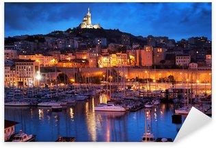 Naklejka Pixerstick Marsylia, Francja panorama w nocy, port.