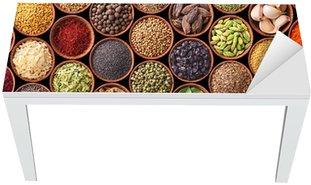 Naklejka na Biurko i Stół Bezszwowych tekstur z przyprawami i ziołami