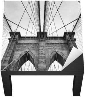 Brooklyn Bridge New York City bliska detal architektoniczny w ponadczasowej czerni i bieli