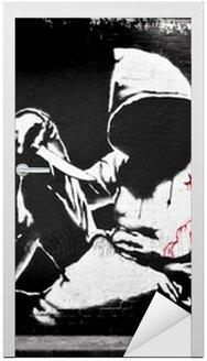 Naklejka na Drzwi Banksy bluza z nożem Graffiti
