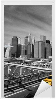 Naklejka na Drzwi Brooklyn Bridge taksówki w Nowym Jorku