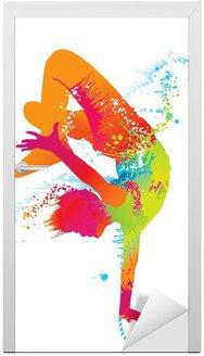 Naklejka na Drzwi Chłopiec taniec z kolorowe plamy i odpryskami. wektor