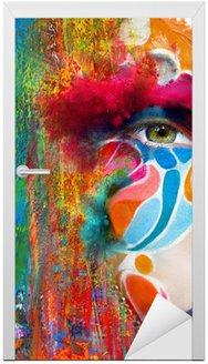 Naklejka na Drzwi Kolor twarzy sztuki Portret kobiety z bliska