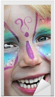 Naklejka na Drzwi Malowanie twarzy dzieci na karnawał