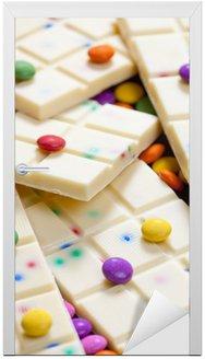 Martwa natura z białą czekoladą z smarties