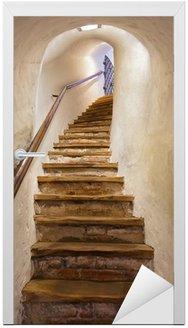 Naklejka na Drzwi Schody w zamku Kufstein - Austria
