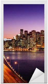 Naklejka na Drzwi Skyline San Francisco i Bay Bridge o zachodzie słońca, california