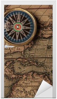 Naklejka na Drzwi Stary kompas