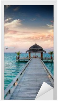 Naklejka na Drzwi Sunset / sunrise Molo na Malediwach / Malediven