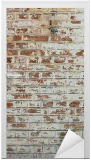 Naklejka na Drzwi Tło starego rocznika brudne ściany z cegły z peelingiem gipsu
