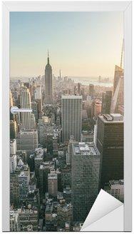 Naklejka na Drzwi Widok z lotu ptaka Manhattanie w Nowym Jorku