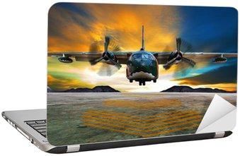 Naklejka na Laptopa Wojskowy samolot do lądowania na drogach startowych lotnictwo przeciwko pięknej dus