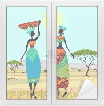 Naklejka na Szybę i Okno Afrykańskich kobiet w górski krajobraz