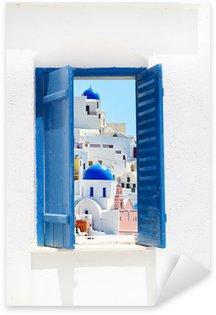 Naklejka Otworzyć tradycyjne greckie niebieskie okno na Santorini, Grecja