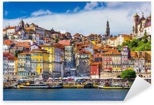 Naklejka Pixerstick Porto, Portugalia Old City Skyline na rzece Douro