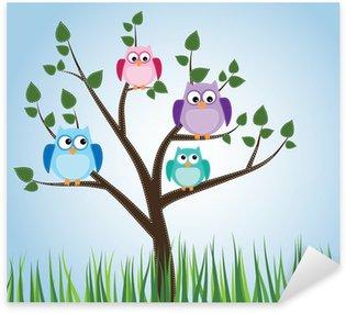Naklejka Pixerstick Sowy siedzącej na drzewie