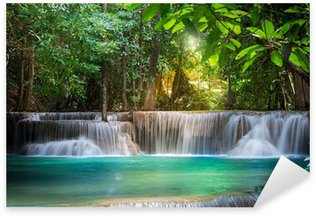 Naklejka Pixerstick Wodospad w Kanchanaburi, Tajlandia (Huay Mae kamień)