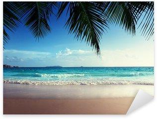Naklejka Pixerstick Zachód słońca na plaży Seszele