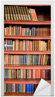 Nálepka na Dveře Starý regál s řadami knih v bývalé knihovny