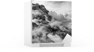 Nálepka na Ledničku Dolomity Black and White