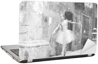Nálepka na Notebook Ballerina 4