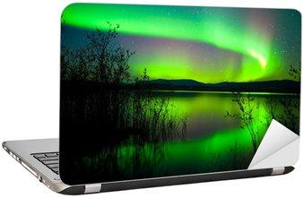 Nálepka na Notebook Polární záře odráží na jezeře