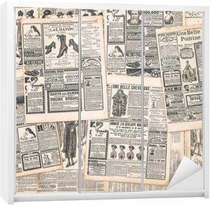Nálepka na Skříň Novinové stránky se starožitným inzerát