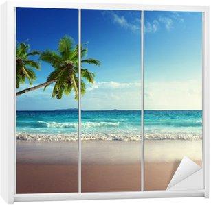 Nálepka na Skříň Západ slunce na pláži Seychely