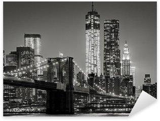Nálepka Pixerstick New York v noci. Brooklynský most, Dolní Manhattan - Black