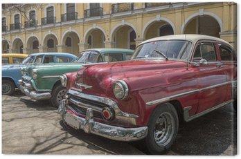 Obraz na Plátně Řada starých amerických automobilů z 50. let v Havaně na Kubě