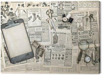 Antyczne akcesoria biurowe, narzędzia do szycia i pisania