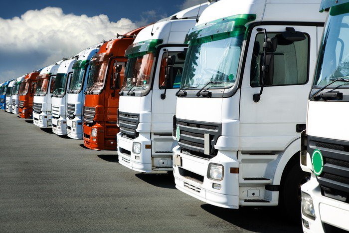 Obraz na Płótnie Ciężarowe - Transport drogowy
