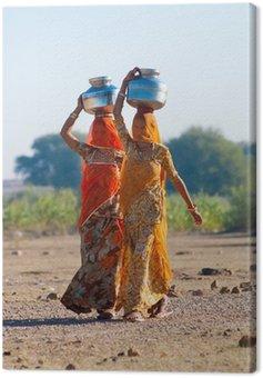 Obraz na Płótnie Kobiety niosące wodę w Indiach