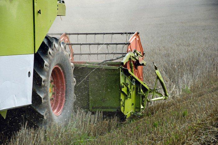 Obraz na Płótnie Kombajny do zbioru roślin - Rolnictwo