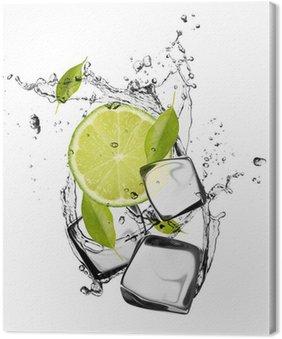 Obraz na Płótnie Lime z kostkami lodu, samodzielnie na białym tle