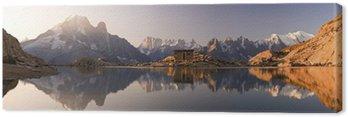 Obraz na Płótnie Mont Blanc oraz Alpy odzwierciedlone w White Lake