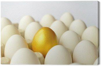 Obraz na Płótnie Niespodzianka - złote jajo wśród białych jaj
