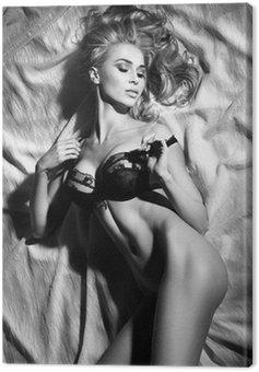 Obraz na Płótnie Portret sensual blond Sleeping Lady w sexy pozy.