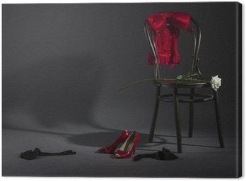 Obraz na Płótnie Seksowna bielizna, buty i biała róża na retro krzesła.