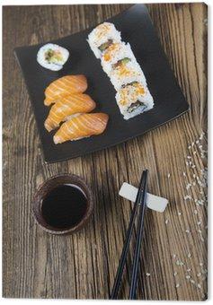 Obraz na Płótnie Sushi tradycyjne japońskie jedzenie
